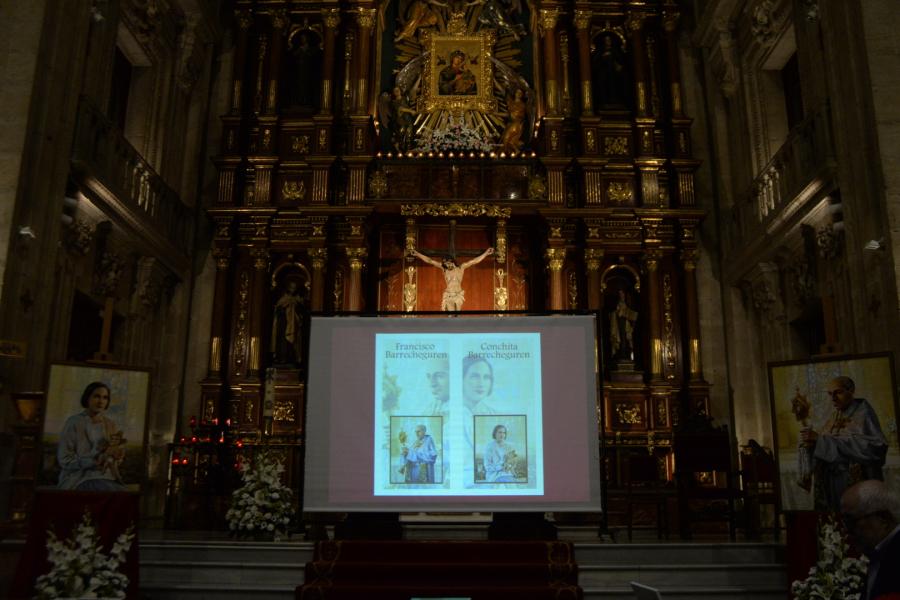 Presentación de dos nuevos retratos de Francisco y Conchita Barrecheguren